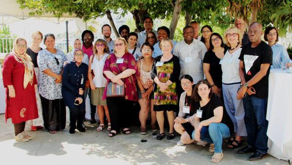 Участники пре-конференции «Проведение исследований в реальных условиях: изучение примеров и оценка исследовательских программ в сфере социальных наук»